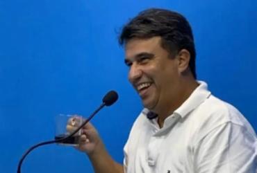 Bruno indica apoio a prefeito de Serrinha para eleição da UPB |