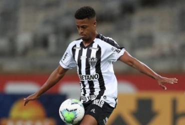 Atlético Mineiro vence Santos e sobe na tabela do Brasileiro | Pedro Souza | Atlético-MG