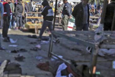 Duplo atentado suicida deixa quase 30 mortos em Bagdá | Sabah Arar | AFP