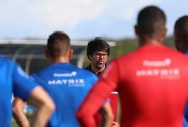 Reunião com Bellintani e Victor Ferraz marca treino do Bahia   Felipe Oliveira   E.C.Bahia