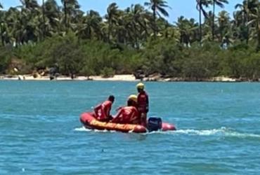 Bombeiros seguem buscas por adolescente desaparecido após afogamento em Barra de Jacuípe