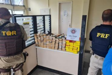 Casal é preso com 85 kg de maconha durante blitz na BR-101