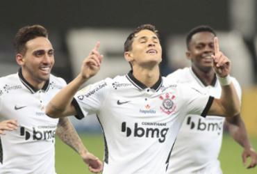 Corinthians passa fácil por Sport e sobe para oitava posição | Rodrigo Coca | Corinthians