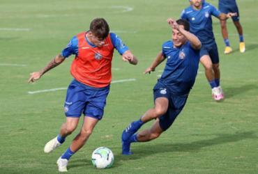 De olho no Corinthians, Bahia se reapresenta com jogo-treino na Cidade Tricolor | Felipe Oliveira | EC Bahia