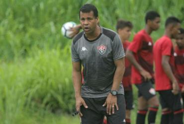 'Temos que ter mais atitude, sorte e não deixar o adversário jogar', diz Rodrigo Chagas | Letícia Martins | EC Vitória
