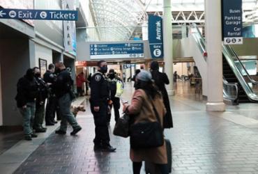 Biden diz que passageiros que viajarem aos EUA deverão fazer quarentena ao chegar |