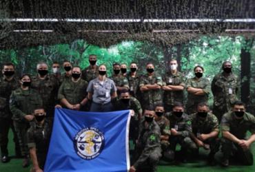 Exército divulga foto de curso com militares usando máscaras desenhadas digitalmente | Reprodução | Internet