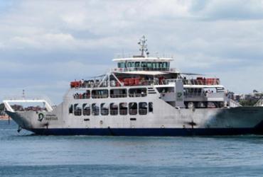 Motoristas esperam até 2h em fila do ferry nesta sexta | Divulgação