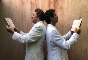 Jackson e Celo Costa apresentam espetáculo literário no Teatro Gamboa | Yolanda Nogueira | Divulgação