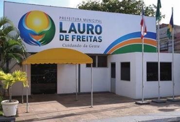 Prefeitura de Lauro de Freitas exonera comissionados e mantém serviços essenciais