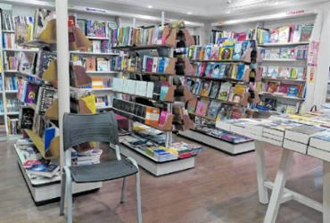 Dia do Leitor: após fechamento da Saraiva, livrarias menores ocupam espaços em Salvador | João Gabriel Veiga | Ag. A TARDE