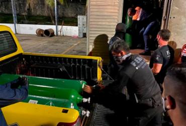 Polícia localiza 33 cilindros de oxigênio escondidos em um caminhão em Manaus   Divulgação   SSP-AM