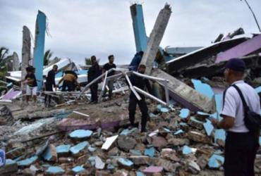 Terremoto deixa 34 mortos e mais de 600 feridos na Indonésia | Mamuju Firdaus | AFP