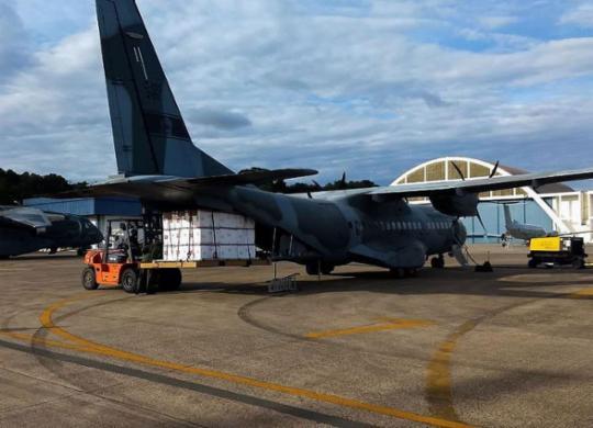 Após nova mudança de horário, vacinas chegam em Salvador às 22h | Divulgação | Força Aérea do Brasil