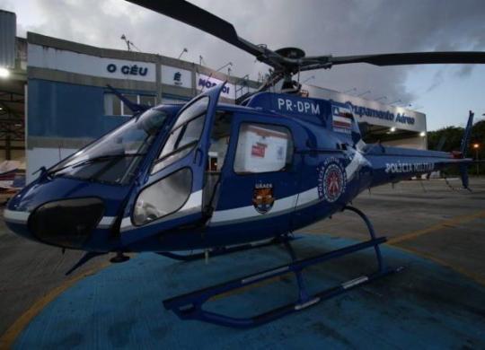 Helicópteros da PM e Casa Militar concluem transporte aéreo de vacinas   Alberto Maraux   Gov-BA