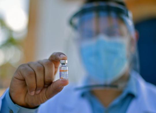 Butantan inicia distribuição de 2º lote de vacinas após aval da Anvisa | Douglas Magno | Ag. A TARDE