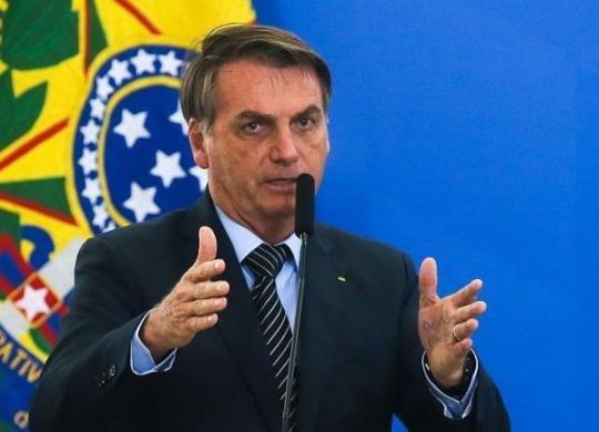 Bolsonaro diz que insumos da CoronaVac chegam nos próximos dias | Antonio Cruz | Agência Brasil