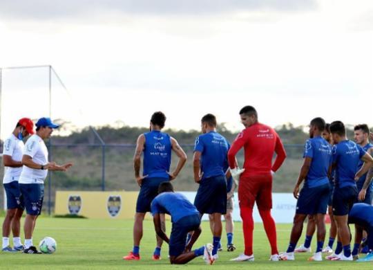 Mesmo sem jogar, Bahia pode ficar a até seis pontos de sair da degola | Felipe Oliveira | EC Bahia