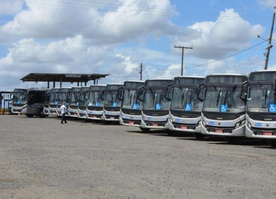 Atrasos nos salários, redução de frota e demissões podem desencadear greve no transporte | Jorge Magalhães | Secom FSA