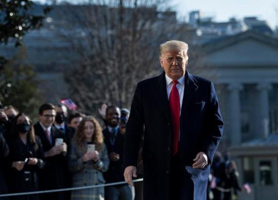 Donald Trump sairá de Washington horas antes da posse de Joe Biden | Brendan Smialowski | AFP