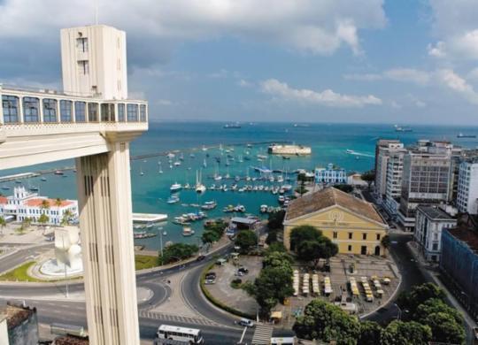 Chegada da vacina anima setor do turismo na Bahia   Divulgação