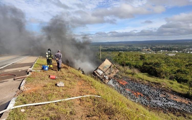 De acordo com a Polícia Rodoviária Federal, o acidente aconteceu nas proximidades do Km-29, no Anel Viário de Vitória da Conquista | Foto: Divulgação | PRF - Foto: Divulgação | PRF
