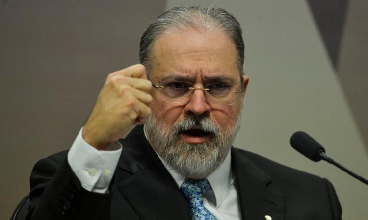 Em entrevista, Augusto Aras, enfatizou o fortalecimento das ações de combate à corrupção no país. - Foto: Agência Brasil | Divulgação