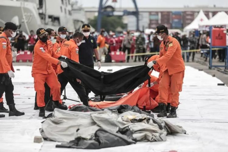 Ainda não foram identificadas pistas do que pode ter causado a queda brusca do avião   Foto: Arquivo   AFP - Foto: Arquivo   AFP