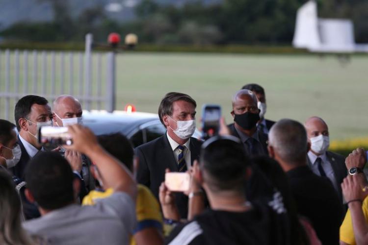 """Na breve interação com apoiadores, Bolsonaro também disse estar """"cumprindo missão"""" à frente do governo I Foto: Agência Brasil - Foto: Agência Brasil"""
