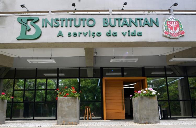 Instituto Butantan teve orçamento atingido pelos cortes de benefícios fiscais para pesquisa | Foto: Carl de Souza | AFP - Foto: Carl de Souza | AFP
