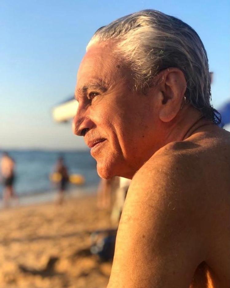 No post, Caetano colocou uma foto em que está no Porto da Barra, no verão de 2019 | Foto: Reprodução | Instagram - Foto: Reprodução | Instagram
