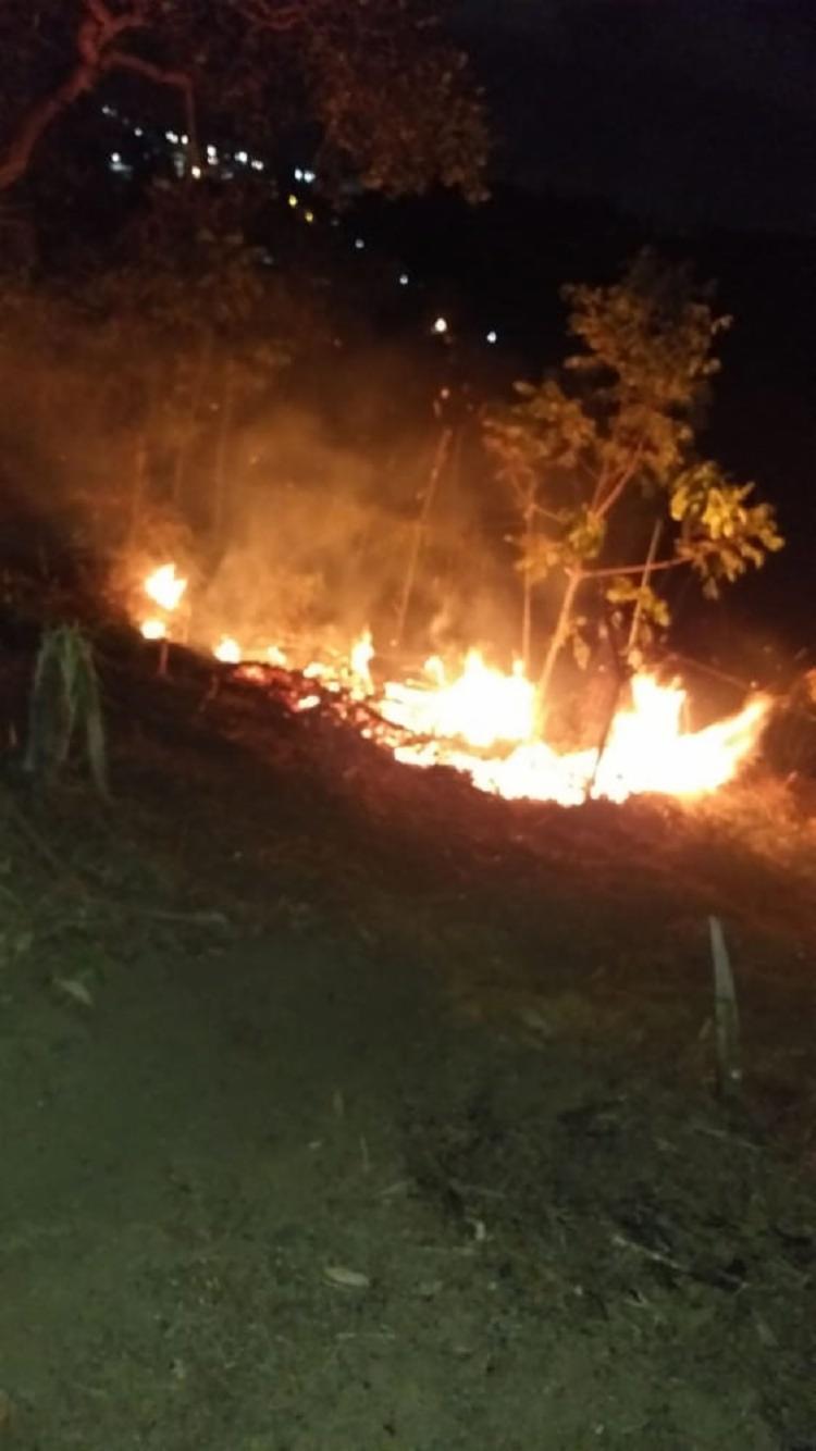 Um morador do assentamento disse que viu cerca de cinco homens, que teriam reclamado direito sobre o terreno - Foto: Redes Sociais