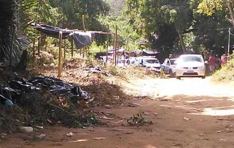 Moradores registraram o momento em que a polícia chegou ao local pela manhã | Foto: Arquivo pessoal