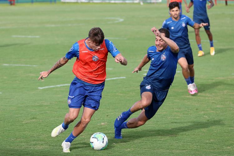 No jogo-treino, o elenco principal empatou sem gols com a equipe sub-23 do Esquadrão | Foto: Felipe Oliveira | EC Bahia - Foto: Felipe Oliveira | EC Bahia