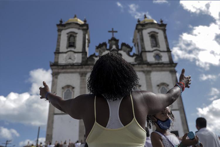 Após décadas parados, os quatro sinos da Igreja voltarão a tocar juntos I Foto: Uendel Galter   Ag. A TARDE - Foto: Uendel Galter   Ag. A TARDE