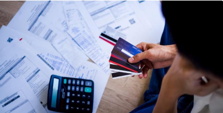 Dívidas atrasadas com cartão de crédito foram citadas por 25% dos entrevistados   Foto: Divulgação - Foto: Divulgação