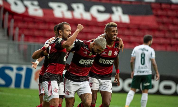 Rubro-Negro se impõe em campo e derrota adversário direto por 2 a 0 | Foto: Alexandre Vidal | CR Flamengo - Foto: Alexandre Vidal | CR Flamengo
