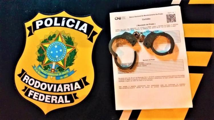 Os flagrantes distintos foram registrados nos municípios baianos de Feira de Santana e Senhor do Bonfim | Foto: Divulgação | PRF - Foto: Divulgação | PRF