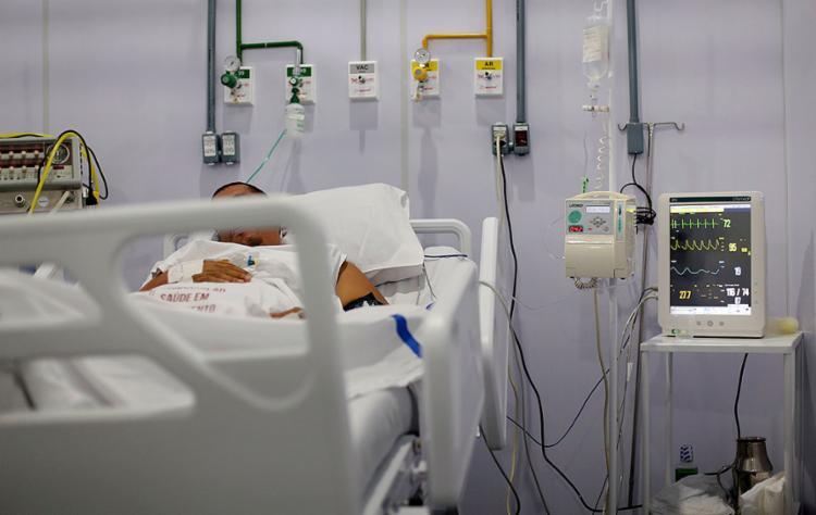Apesar de ainda haver vagas de UTI, pacientes com quadro grave demoram longos períodos internados | Foto: Adilton Venegeroles | Ag. A TARDE - Foto: Adilton Venegeroles | Ag. A TARDE