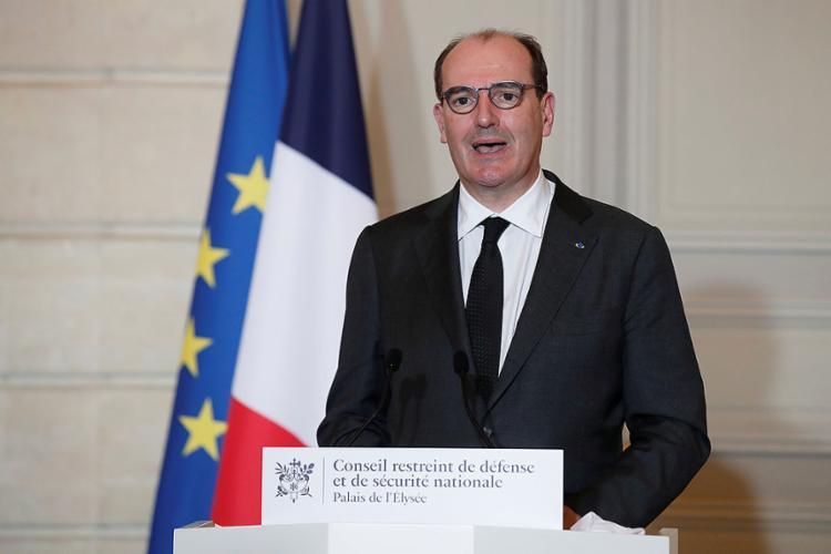 O primeiro-ministro, Jean Castex, fez um discurso televisionado do Palácio do Eliseu, sede da presidência   Foto: Benoit Tessier   AFP - Foto: Benoit Tessier   AFP