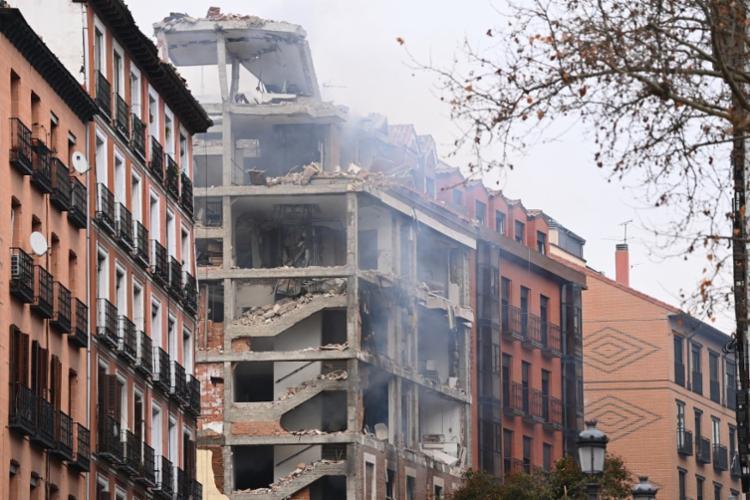 Explosão destruiu três andares do prédio | Foto: Gabriel Bouys | AFP - Foto: Gabriel Bouys | AFP