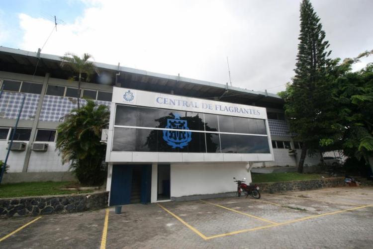 Os suspeitos foram encaminhados à Central de Flagrantes junto com o material apreendido | Foto: Divulgação | SSP-BA - Foto: Divulgação | SSP-BA