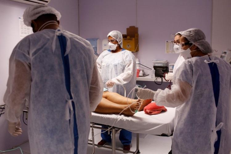 Número de mortes pela doença foi superior a 100 pelo terceiro dia seguido | Foto: Olga Leira | Ag. A TARDE - Foto: Foto: Olga Leira | Ag. A TARDE