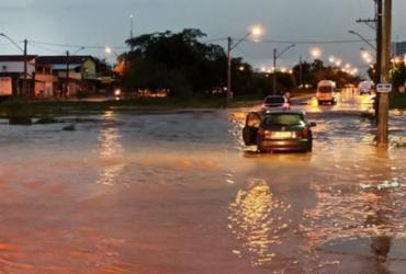 Forte chuva provoca alagamentos em Luis Eduardo Magalhães