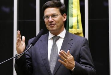 Neto deleta o ex-amigo João Roma e, por tabela, Bolsonaro também | Divulgação