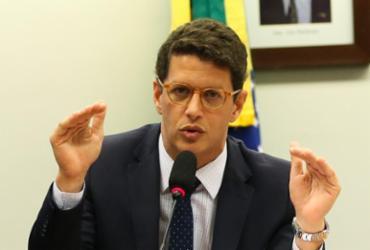 Líderes da oposição acionam MPF por troca de delegado desafeto de Salles no Amazonas | Agência Brasil