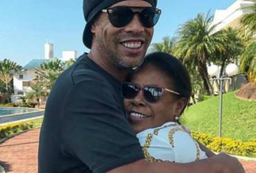 Ronaldinho Gaúcho se pronuncia pela primeira vez após morte da mãe | Reprodução | Redes Sociais