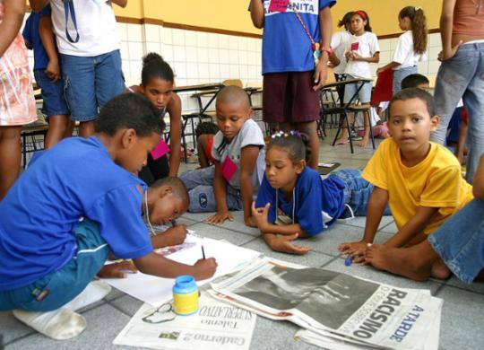 A TARDE Educação migra 90% das atividades para o ambiente virtual | Carlos Casaes | Ag. A TARDE