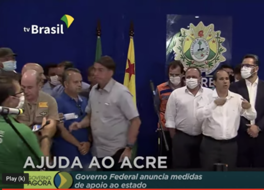 Jornalista que questionou Bolsonaro sobre 'rachadinha' é demitido   Reprodução   TV Brasil