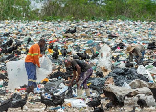 Olhar Cidadão: lixões seguem contaminando o extremo sul | Adelmo Borges | Divulgação